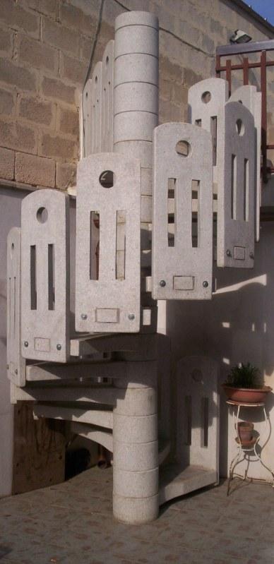 Scala a chiocciola in cemento pastore prefabbricati - Scale a chiocciola in cemento prefabbricate ...